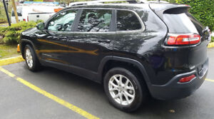 2015 Jeep Cherokee N for Sale! LOW KMS! BACKUP CAMERA-HEAT SEATS