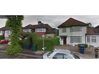 Lovely and Beautiful two bed room flat to rent in Hendon.Refurbished to high standards Available Now