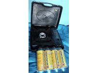 CAMPING STOVE + 4 GAS CANISTERS