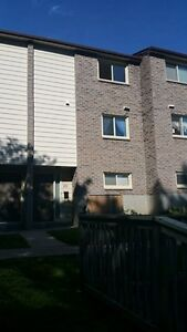 $1700 Plus - 4 BDRM Near Oxford and Western