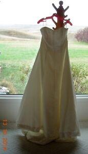 Elegant Wedding Dress, shawl and coin purse