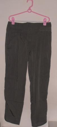Brand new green colour pants from Cotton On