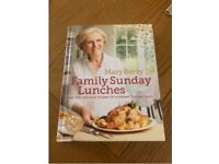 Merry Berry Family Sunday Lunches