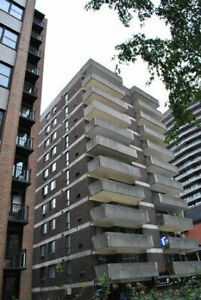Downtown,Centre Ville,2 bedrooms,41/2,Mc Gill,October