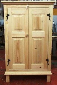 BELLE ARMOIRE en pin