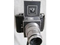 1940S AGIFLEX CAMERA WITH ORINGIAL MANUALS AND BAG