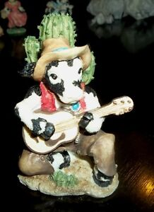 Cowtown or Mary's Moo Moos Figurines London Ontario image 1