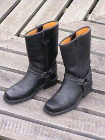Cowboy style bike boots size 6