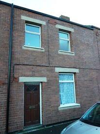 Deposit free renting - 2 bedroom house on Pine Street, Stanley - £795 Total move in