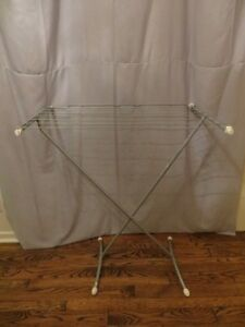 Ikia Cloth Hanger Stand