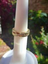 18ct yellow gold diamond ring,  eight x 0.06ct round brilliant cu Cronulla Sutherland Area Preview