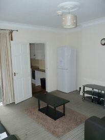 *** House Share***West End Location***