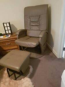 Breastfeeding glider/recliner and foot rest Cranbourne West Casey Area Preview