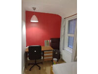 A furnished nice single room available in Central Croydon