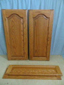 2 Cabinet Doors & 2 Cabinet Drawers London Ontario image 1