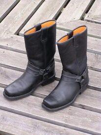Size 6 custom style bike boots