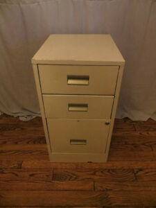 3 Drawer Filing Cabinet London Ontario image 2