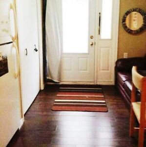 Student Rental: Cozy 2 BDRM on churchill