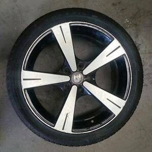 Holden Commodore Aluminum mag Rim/tyre Maxxis 235/40ZR18 St Albans Brimbank Area Preview