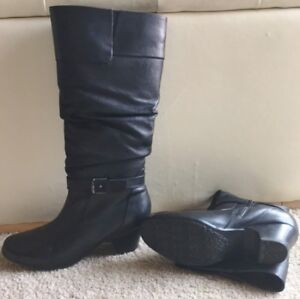 REDUCED - BOOTS