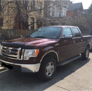 Ford F150 xlt 4x4 Under warranty! (Finance takeover possible)