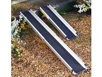 VERY HANDY TELESCOPIC ALUMINIUM RAMPS WOULD SUIT MOBILITY SCOOTER OR WHEEL CHAIRS VANS TRAILERS