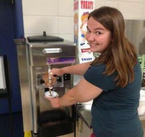 We Sell Cheap Soft Serve Ice Cream Machines / Frozen Yogurt Machines in Canada