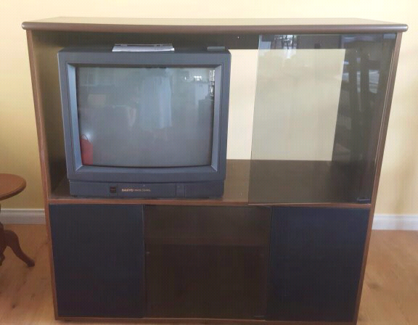Tv and cabinet giveaway