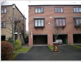 69 Lenton Manor Room £91pw