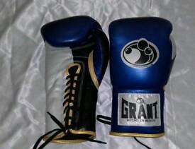 New grant boxing gloves in all oz and all colours