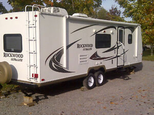 28ft Rockwood Ultralite Travel Trailer