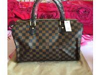 b8730346de24 Louis Vuitton Speedy Bag Handbag LV 30 35