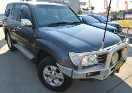 2006 Toyota Landcruiser UZJ100R GXL Gold 5 Speed Automatic Wagon Pearce Woden Valley Preview