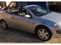Convertible Dynamique Megane silver, MOT until Oct 2017