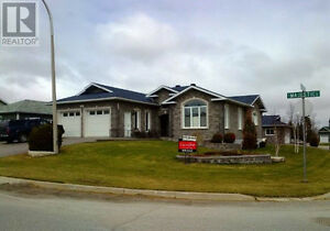 Executive 3BR 3B Bungalow in New Subdivision $2200 + Utilities