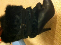 Leather Dress boot with fur trim