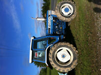 tracteur ford 8210