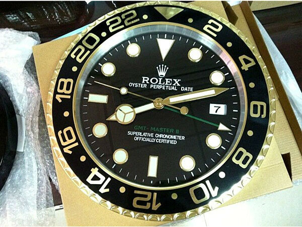 rolex wall clocks submariner daytona advertisement display. Black Bedroom Furniture Sets. Home Design Ideas