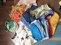 Girls age 4 bag of clothes in very good condition.