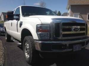 JUST ARRIVED 2010 FORD F-250 4X4 EXTENTED CAB 8FT BOX