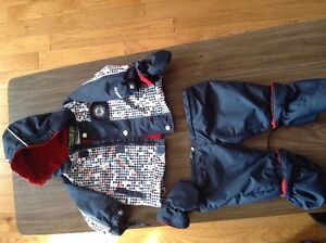 Gusti Spring/fall suit 2 pieces 9m Kingston Kingston Area image 2