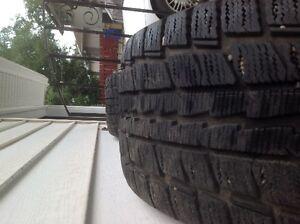 255/55R16 Dunlop Graspic DS-2 winter tires Regina Regina Area image 2