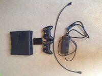 XBOX 360 250g avec turtle beach x12 et 22 jeux Et 2 manette