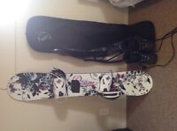 Woman snowboard, with bag and boots size 7 included