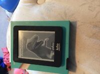 Black mini kobo reader, never used