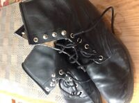 In excellent condition , size 8-1/2 riding boots