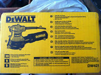 ponceuse dewalt orbital sander BARELY USED