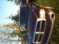 2005 Dodge Ram 1500 Truck ***with Topper and Winters!***