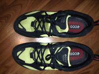 Mens size 9, Ecco Shoes