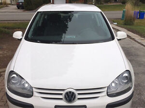 Volkswagen Rabbit 2009 White Coupe